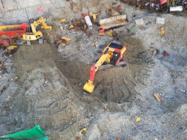pelle pour un chantier de fondation