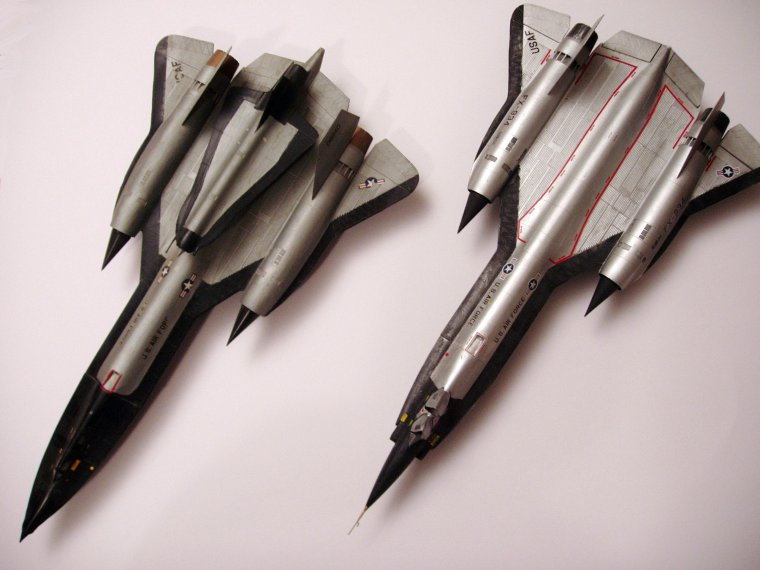 Lockheed SR-71 Blackbird & Lockheed YF-12