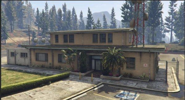 GTA V SOS - Episode 8 : caserne de gendarmerie