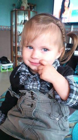 #. Ma princesse, tu es la plus belle &é la plus adorable .. Je t'aime très fort (..) ♥