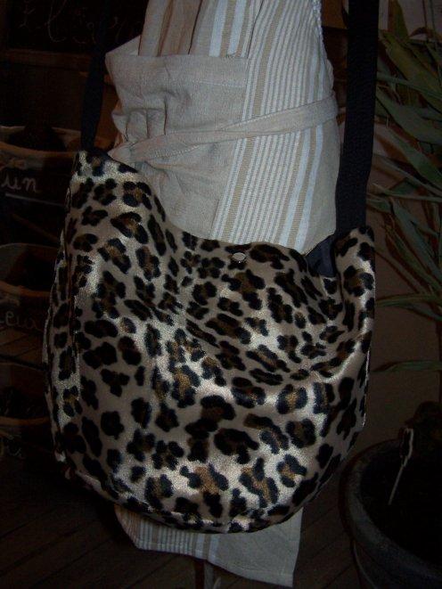 sac fausse fourrure leopard elodie creation. Black Bedroom Furniture Sets. Home Design Ideas