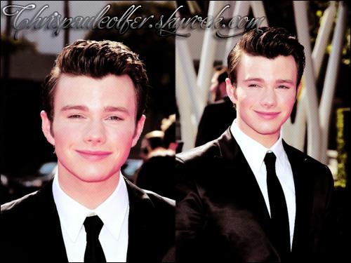Chris était à la cérémonie des Emmy Awards avec son magnifique costard + a fêté la rentrée de la FOX.