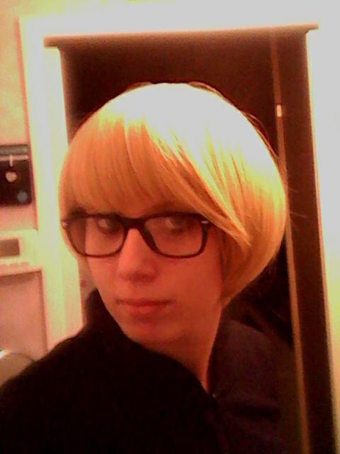 Enfin ma wigs Armin (même si sur la premiere ont dirait Alois xD)