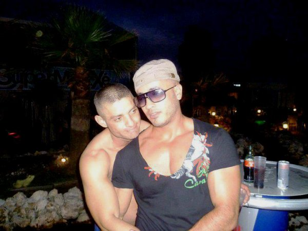 ALGERIAN GAYS