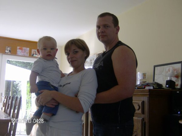 ma soeur et son mari et le plus p'tit t'sé enfant
