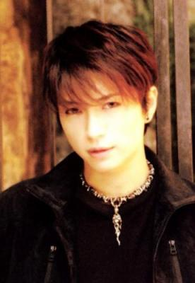 Who are you? Gackt or Hyde?
