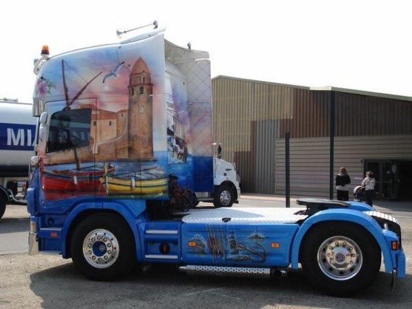 Scania R avec jolie peinture