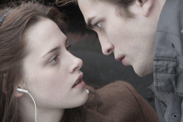 """""""Tu es comme une drogue pour moi, c'est comme si tu étais ma propre marque d'héroïne."""""""