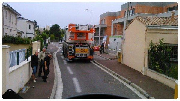 Chantier compliqué à Mérignac .... la chaussée craque ... les voisins s'inquiètent ...