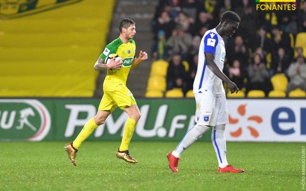 Maillot FC Nantes porté par Emiliano Sala saison 2017 - 2018