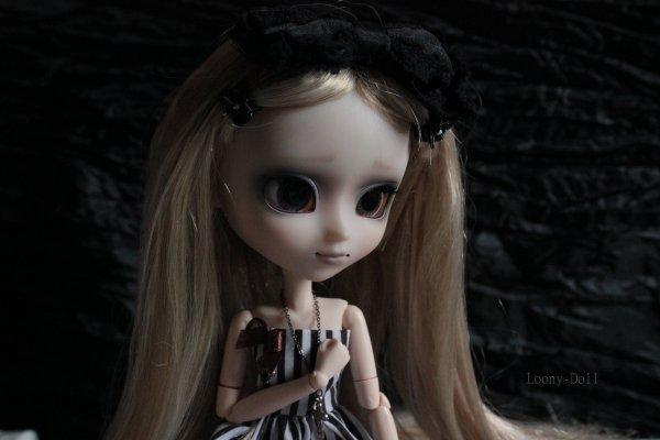 Elisabeth a un obitsu !