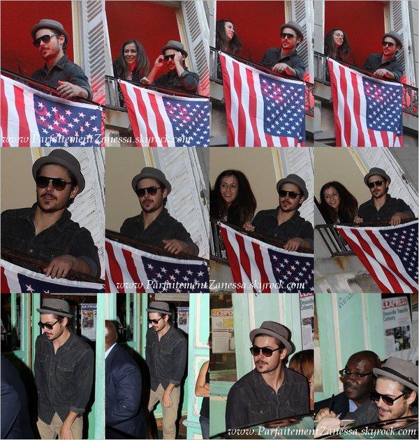 10.09.2010 // Zac a été photographié lorsqu' il arrivait à Deauville Comment vous le trouvez ?