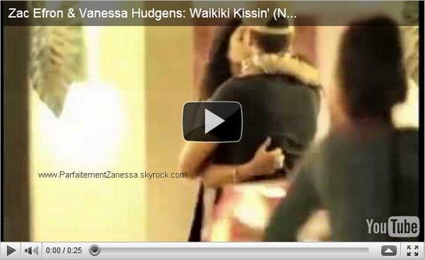 28.11.2010 // Notre couple préféré sont allés dînés au restaurant en amoureux à Waikiki à Hawaii puis ils ont attendu leur voiture tout en partageant un baiser romantique ♥ C' est la 1ère fois qu' on les voit s' embrassés en public ainsi via candids :O Ils sont tellement mignons ensemble ! ♥