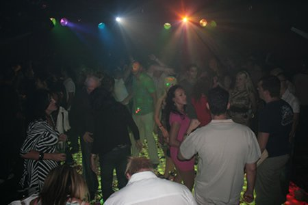 au club di club