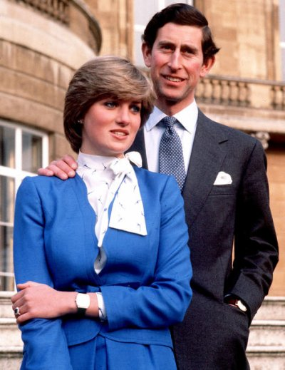 Photos officielles des fiançailles de Diana & Charles