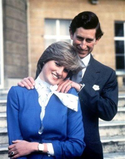 Encore les photos officielles de Diana & Charles