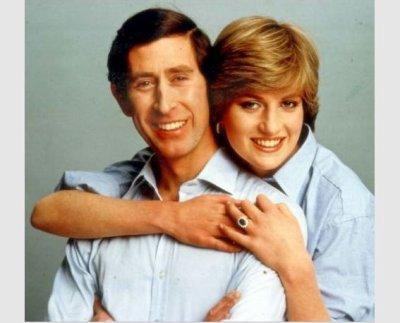 Encore et toujours les photos officielles des fiançailles de Diana & Charles