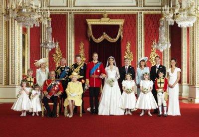 La photo de famille pour le mariage princier