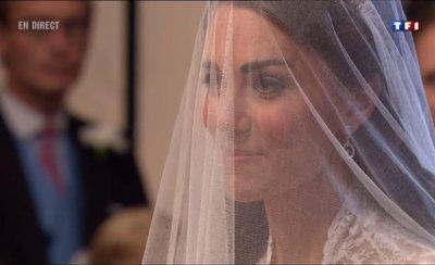 L'entrée de Kate dans l'Abbaye : Un sourire magnifique