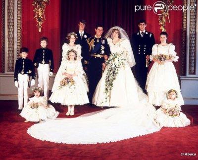 Diana & Charles avec les enfants d'honneurs