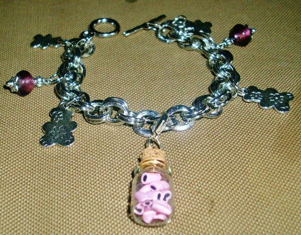 bracelet fiole