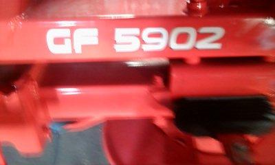 la modernité: faneur kuhn gf 5902 (flo)