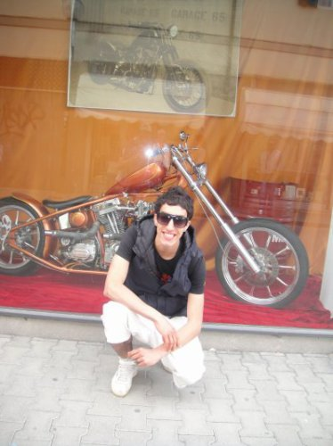 msn<yassine_bo_gos@hotmail.fr>skyrock<yassineraja200.skyrock.com>