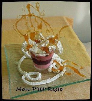 VERRINES MOUSSE FRAMBOISES / MOUSSE FRAISES  et compote fruits rouges