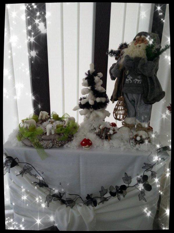 Pas de cuisine aujourd'hui .... préparation des décos de Noël et surtout demain c'est le premier dimanche de l'Avent donc au moins 1 couronne doit être en place