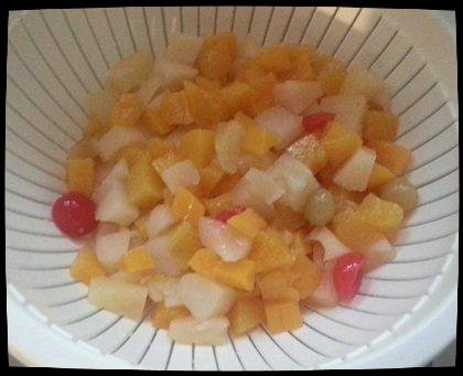 PETITS COEURS AU FROMAGE BLANC / MIEL / FRUITS