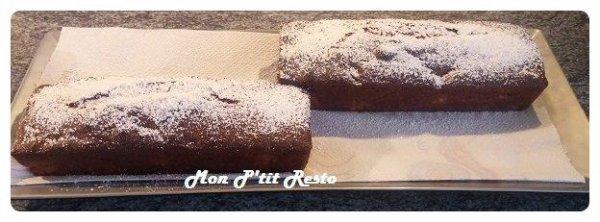CAKE AUX POMMES ET CONFITURE DE FRAISES