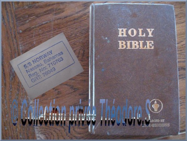 Holy bible du s/s NORWAY