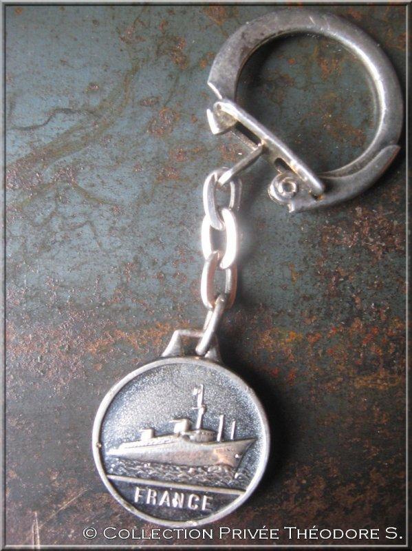 Porte clés paquebot FRANCE : croisière impériale