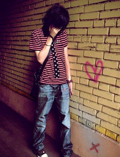 Photo11 Emo boy