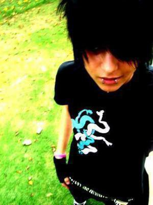 Photo20 Emo Boy