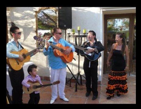 Pour un mariage Nico Fabricio courou vanessa et le futur guitariste Enzo (4ans)