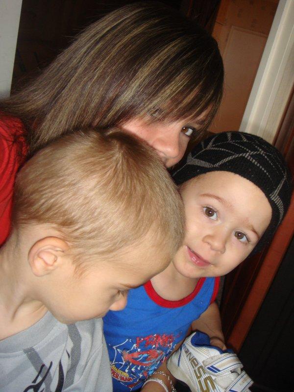 •  Brendaa  ,,   Ilan   &     Nolan    =D