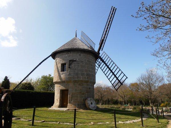 TOURNER   : Moulin de Ploulec'h -22 - Projet photo 52 -semaine 17 -