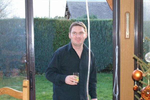 mon cousin dcd le 9 octobre 2010 ( 35 ans )