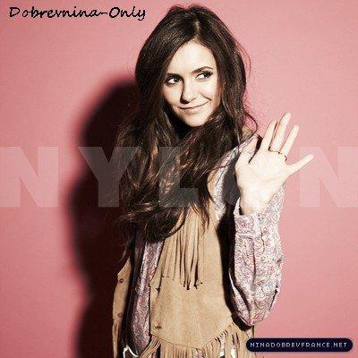 Voici des photos de Nina pour le magasine Nylon