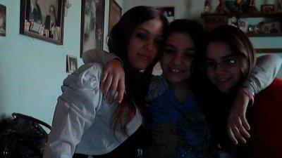 nous voilà à trois je vous aime toutes les deux