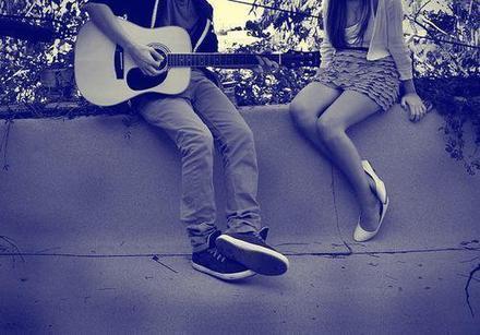 """""""Si ma petite amie est une Directioner, je lui chanterais tout le temps des chansons de nous."""""""