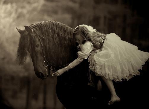 Une fée a besoin d'un poète pour devenir une princesse...