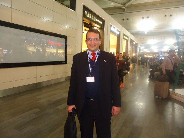بغداد سايح في مطار أتاتورك
