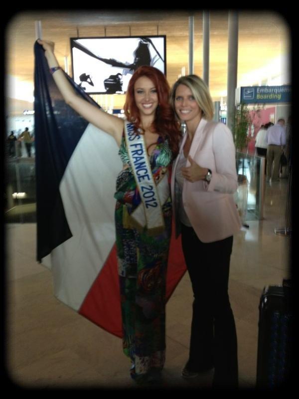 Delphine au départ pour Miss Monde