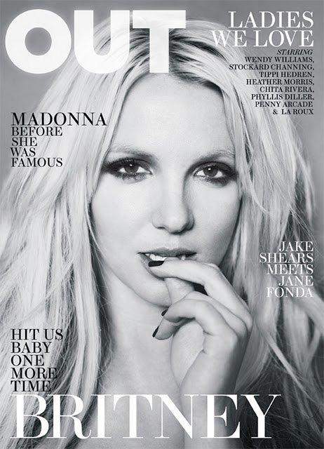 Britney Spears pense à la chirurgie esthétique