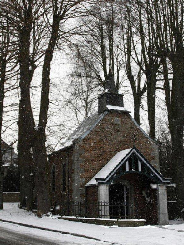 memere j yarai bientot bruller une bougie pour toi a Wanfercée-Baulet Chapelle Notre-Dame des Affligés