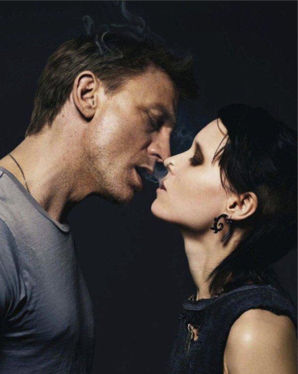 """""""L'amour est une fumée faite de la vapeur des soupirs."""" William Shakespeare"""