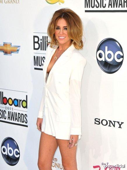 Miley Cyrus aux Billboard Music Awards 2012  <3