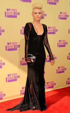 Miley Cyrus aux MTV Videos Music Award 2012